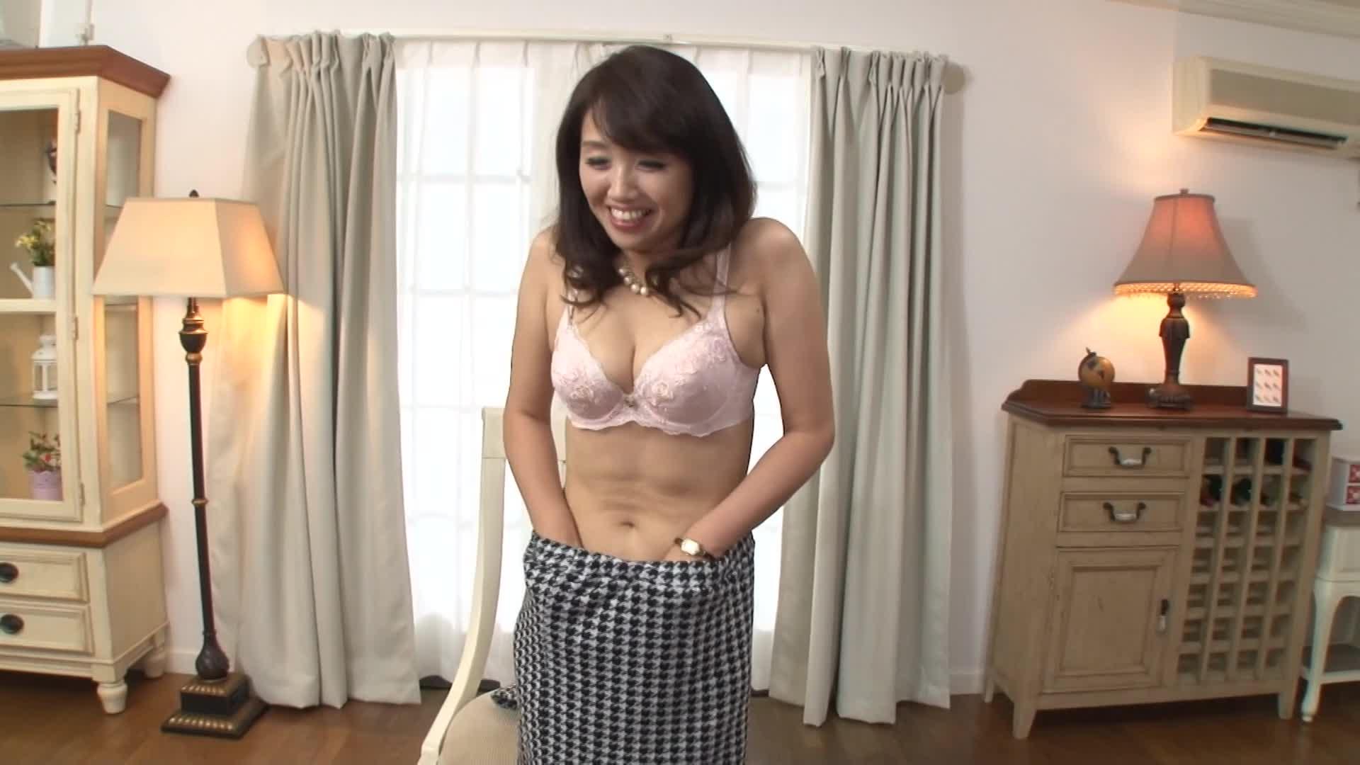 【無料エロ動画】《冨樫雪子 43年》四十代の美オバサンがキャッチされ...